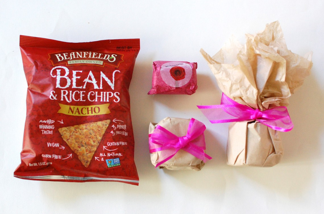 Pretty bows! (and chips)
