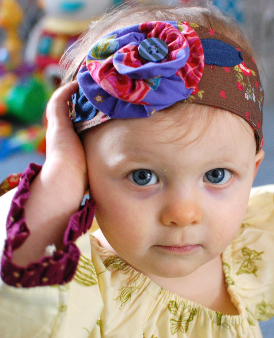 (Don't be fooled, she wasn't posing. She was trying to pull her headband off.)