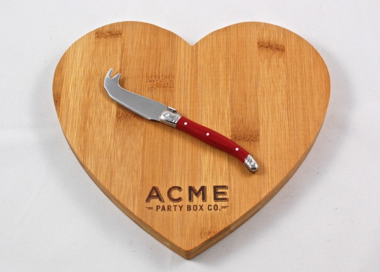 bamboo heart cutting board