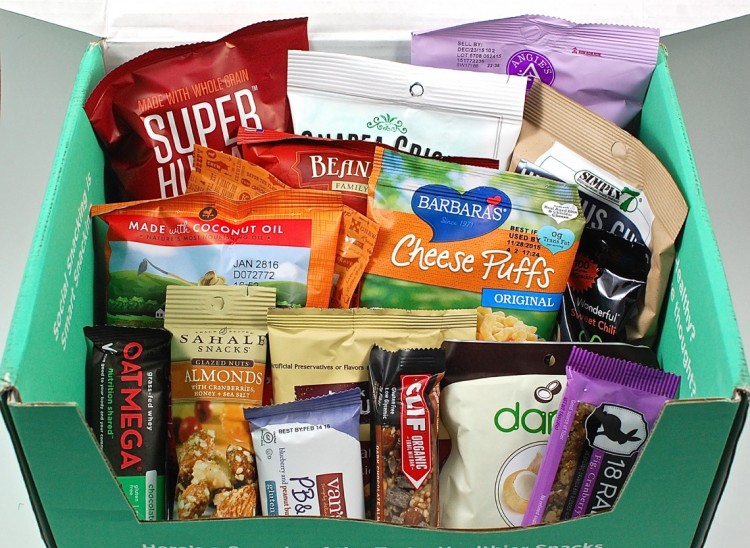 SnackNation August 2015 Sample Box Review & Free Trial Box