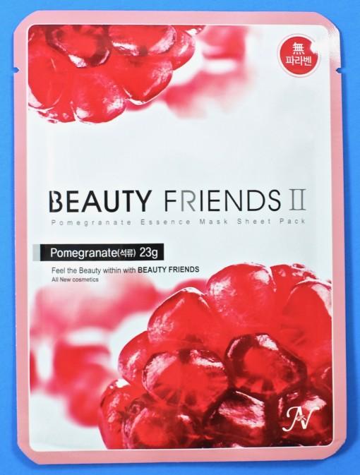 Beauty Friends II mask