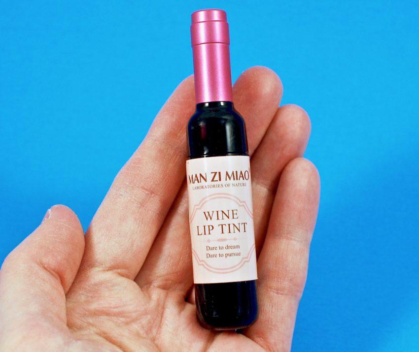 Man Zi Miao wine lip tint