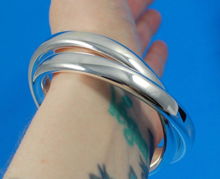 Cate & Chloe interlocking bangles